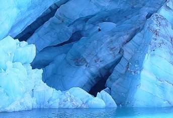 20080708215835-hielo-azul.jpg