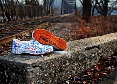 20090710072220-zapatillas-grafiti.jpg