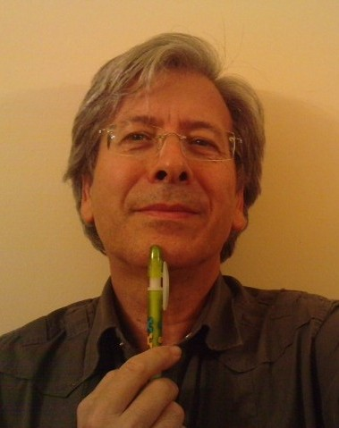 20111116203049-boligrafo-solidario-un-juguete-una-ilusion-ruben-lapuente.jpg