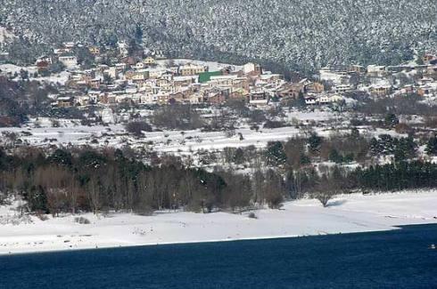 20130317185821-el-rasillo-de-cameros-bajo-la-nieve-ruben-lapuente.jpg