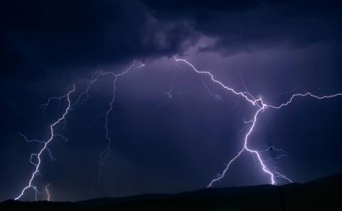 20130721101759-tormenta-en-la-rioja-ruben-lapuente.jpg
