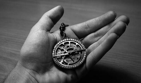 20131201135752-astrolabio-muchacho-de-las-estrellas-ruben-lapuente.jpg