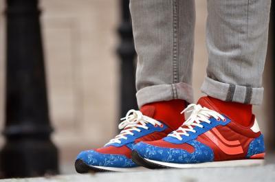 20170326110418-calcetines-rojos-ruben-lapuente.jpg
