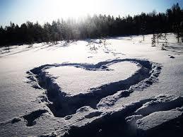 20210112154601-corazon-nieve-en-el-agua-ruben-lapuente-berriatua.jpg